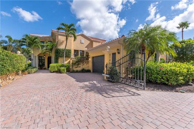 2702 Medallist Ln, Naples, FL 34109 (MLS #219073576) :: Clausen Properties, Inc.