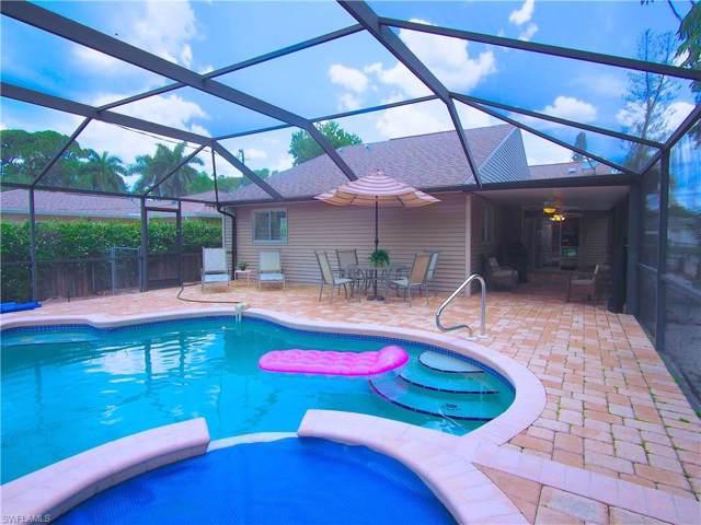 622 93rd Ave N, Naples, FL 34108 (MLS #219075329) :: Clausen Properties, Inc.