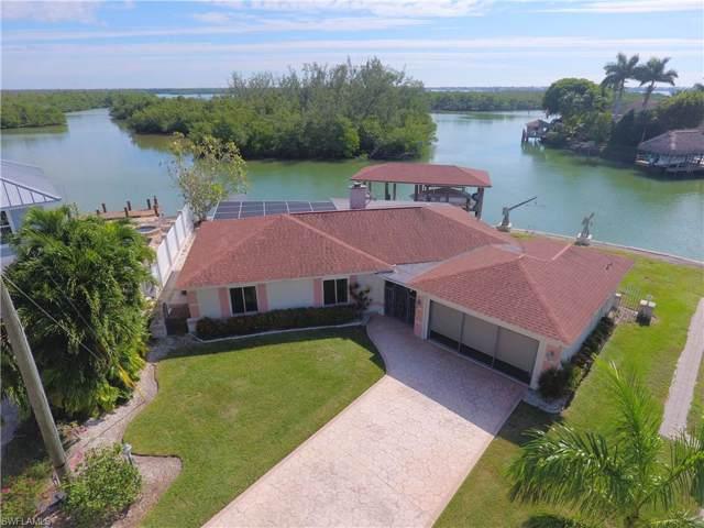 174 Hilo St E, Naples, FL 34113 (#219075638) :: The Dellatorè Real Estate Group