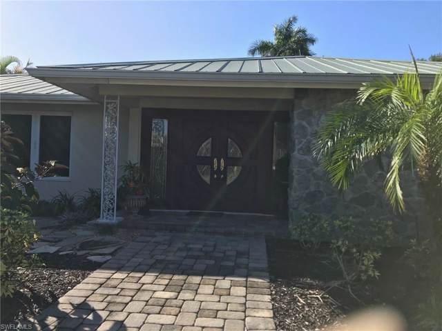 750 Ketch Dr, Naples, FL 34103 (MLS #219075653) :: The Naples Beach And Homes Team/MVP Realty