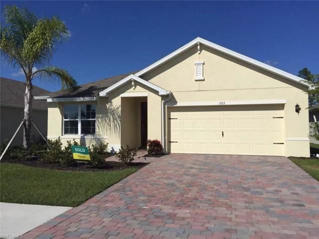 725 Hadley St N, Naples, FL 34104 (#219076357) :: Equity Realty