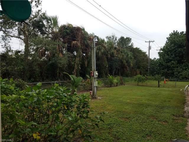 11307 Dellwood Ln, Bonita Springs, FL 34135 (#219076471) :: The Dellatorè Real Estate Group