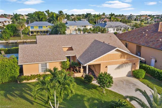 439 Persian Ct, Marco Island, FL 34145 (MLS #219076886) :: Sand Dollar Group