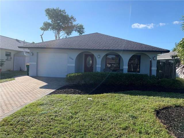 566 98th Ave N, Naples, FL 34108 (MLS #219077172) :: The Naples Beach And Homes Team/MVP Realty