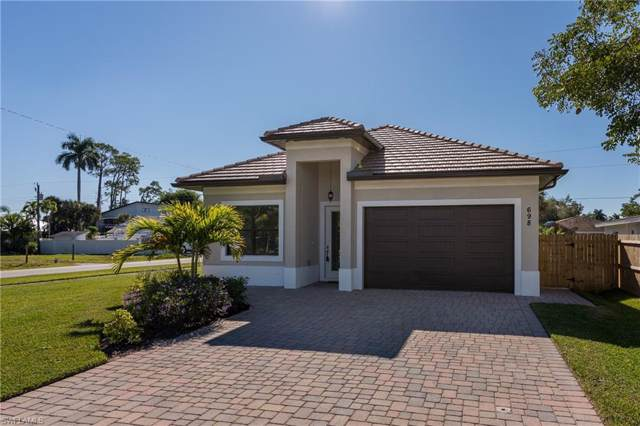 698 103rd Ave N, Naples, FL 34108 (MLS #219079473) :: The Naples Beach And Homes Team/MVP Realty