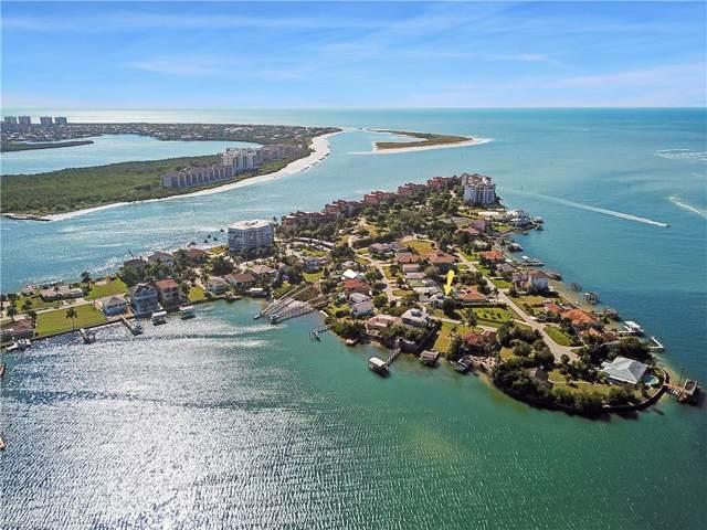 71 Dolphin Cir, Naples, FL 34113 (#219080533) :: The Dellatorè Real Estate Group