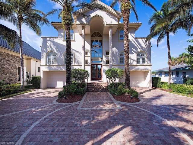 2002 Kingfish Rd, Naples, FL 34102 (MLS #219081457) :: The Naples Beach And Homes Team/MVP Realty