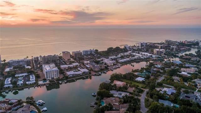 250 Springline Dr, Naples, FL 34102 (#219081657) :: The Dellatorè Real Estate Group