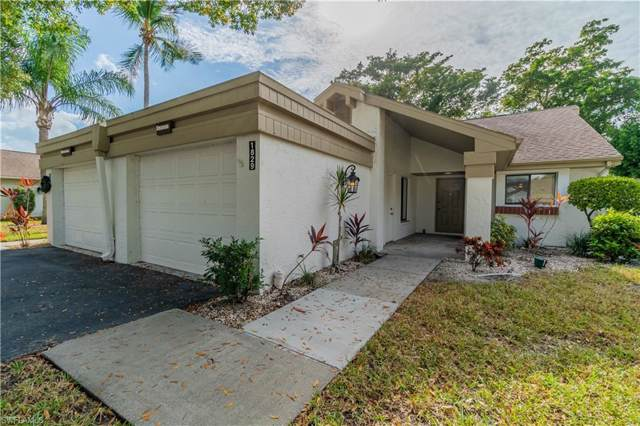 1829 Pine Glade Cir, Fort Myers, FL 33907 (#219082221) :: The Dellatorè Real Estate Group