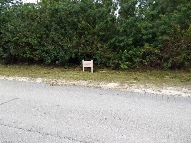 17541 Phlox Dr, Fort Myers, FL 33967 (#220000881) :: The Dellatorè Real Estate Group
