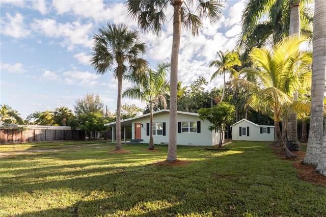 1315 Sandpiper St, Naples, FL 34102 (MLS #220001388) :: Sand Dollar Group