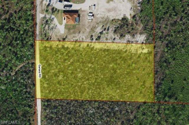 3080 Garland Rd, Naples, FL 34117 (#220003021) :: The Dellatorè Real Estate Group