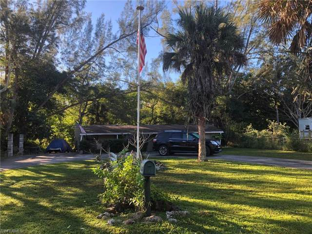 2650 Holly Ave, Naples, FL 34112 (MLS #220003069) :: Clausen Properties, Inc.