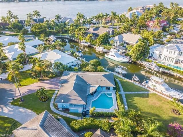 2140 Shad Ct, Naples, FL 34102 (MLS #220003281) :: Clausen Properties, Inc.