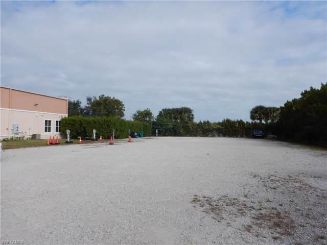 3534 Plover Ave, Naples, FL 34117 (MLS #220004018) :: Clausen Properties, Inc.