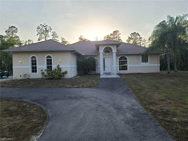 2141 23rd St SW, Naples, FL 34117 (MLS #220004033) :: The Naples Beach And Homes Team/MVP Realty