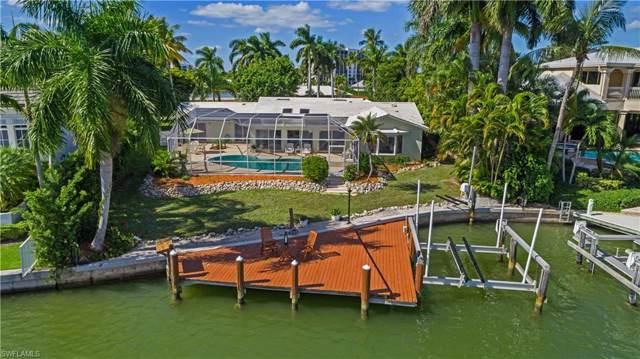 2266 Windward Way, Naples, FL 34103 (MLS #220004164) :: Clausen Properties, Inc.