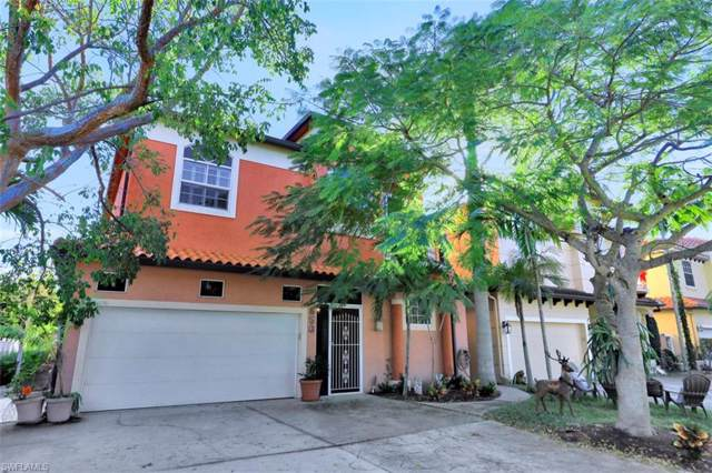 650 111th Ave N, Naples, FL 34108 (MLS #220004570) :: RE/MAX Radiance