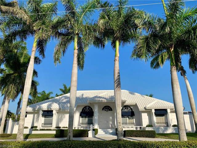 855 Inlet Dr, Marco Island, FL 34145 (#220005313) :: The Dellatorè Real Estate Group