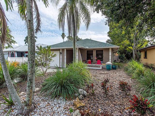 650 93rd Ave N, Naples, FL 34108 (MLS #220005521) :: RE/MAX Realty Group