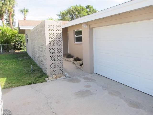 800 Hydrangea Dr, North Fort Myers, FL 33903 (MLS #220006195) :: Sand Dollar Group