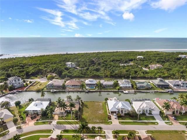 341 Henderson Ct, Marco Island, FL 34145 (MLS #220006423) :: The Keller Group