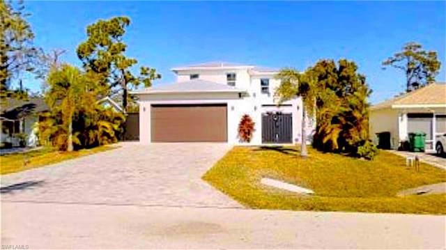 857 93rd Ave N, Naples, FL 34108 (MLS #220007091) :: Clausen Properties, Inc.