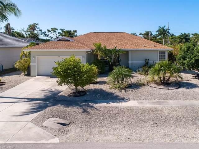 106 Tahiti Rd, Marco Island, FL 34145 (MLS #220007206) :: Clausen Properties, Inc.
