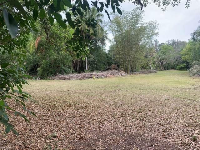 6647 Livingston Woods Ln, Naples, FL 34109 (MLS #220007921) :: Clausen Properties, Inc.