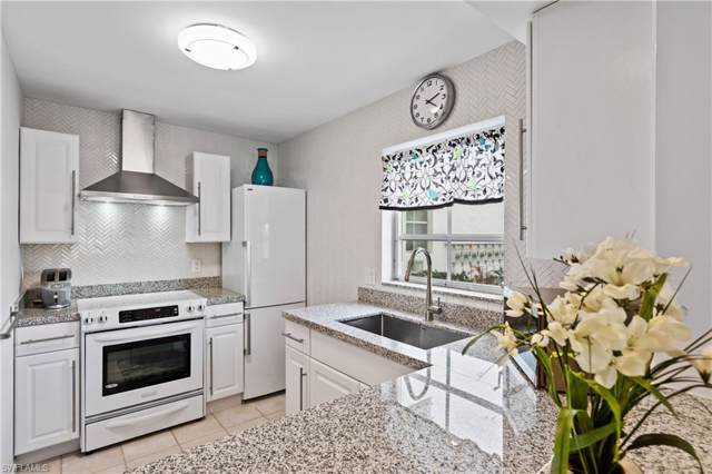 5 High Point Cir W #110, Naples, FL 34103 (MLS #220008399) :: Kris Asquith's Diamond Coastal Group