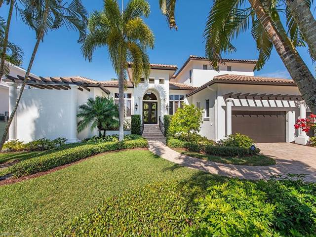 445 Putter Point Dr, Naples, FL 34103 (MLS #220010626) :: The Naples Beach And Homes Team/MVP Realty