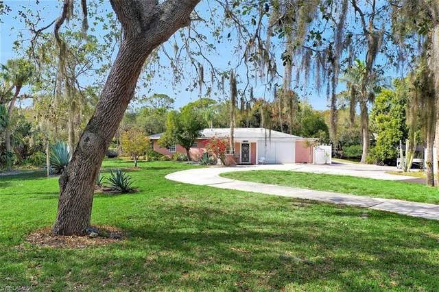 27201 Rio Vista Cir, Bonita Springs, FL 34135 (#220010834) :: The Dellatorè Real Estate Group