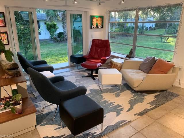 215 Lanchester Ct, Naples, FL 34112 (MLS #220010938) :: Clausen Properties, Inc.