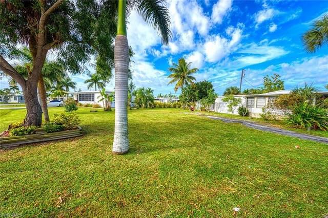 34 Chisholm Trl, Naples, FL 34113 (MLS #220011308) :: Clausen Properties, Inc.