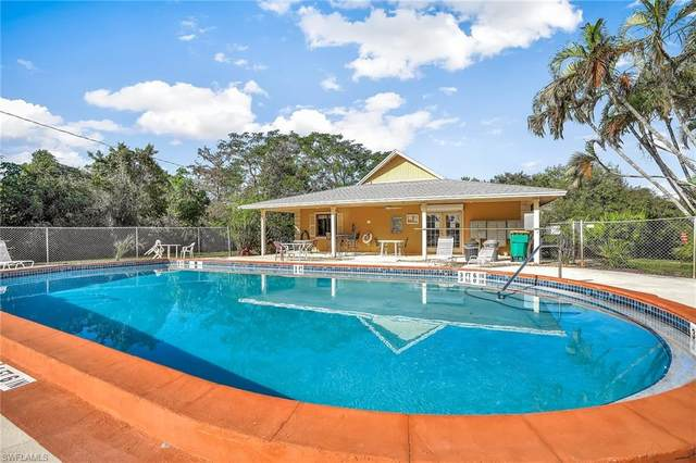 1101 Rosemary Ct A-206, Naples, FL 34103 (#220012361) :: Equity Realty