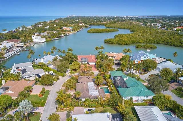 14 Sabre Ln, Naples, FL 34102 (#220012751) :: Equity Realty