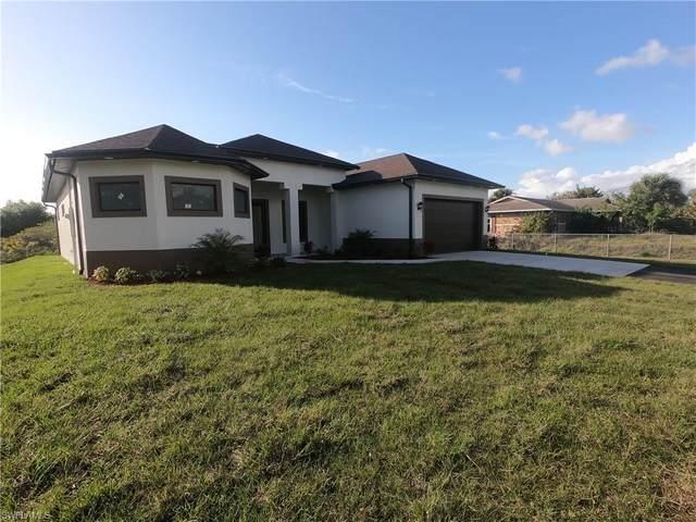 805 18th Street Ne, Naples, FL 34120 (#220013148) :: The Dellatorè Real Estate Group