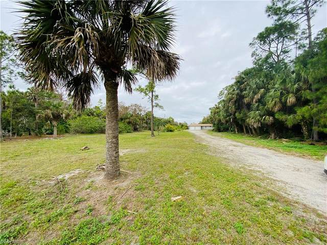 881 22nd Ave NW, Naples, FL 34120 (MLS #220013554) :: Clausen Properties, Inc.
