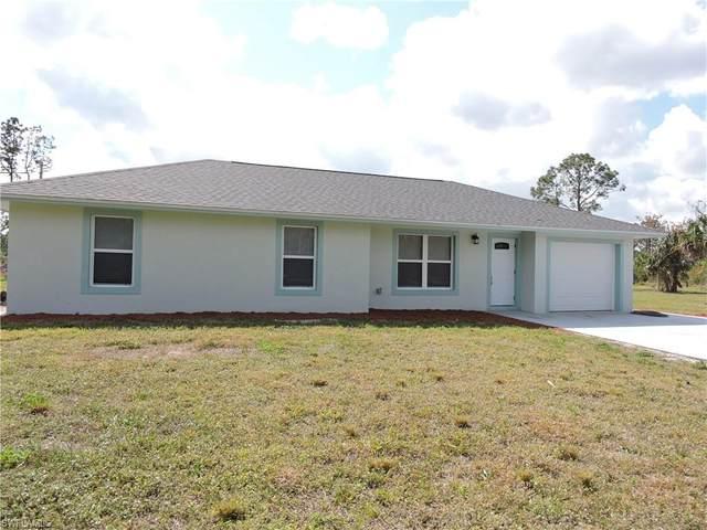 2740 12th Ave NE, Naples, FL 34120 (#220013606) :: The Dellatorè Real Estate Group