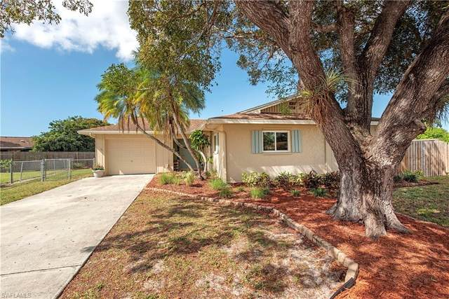 3490 Santiago Way, Naples, FL 34105 (MLS #220013666) :: RE/MAX Radiance