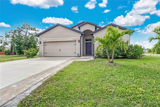 1922 SW 26th Ter, Cape Coral, FL 33914 (MLS #220013708) :: SandalPalms Group
