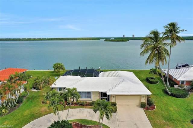 1272 Laurel Ct, Marco Island, FL 34145 (MLS #220014091) :: RE/MAX Radiance