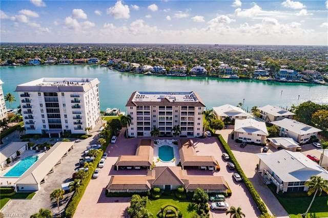2600 Gulf Shore Blvd N #22, Naples, FL 34103 (MLS #220014643) :: Kris Asquith's Diamond Coastal Group