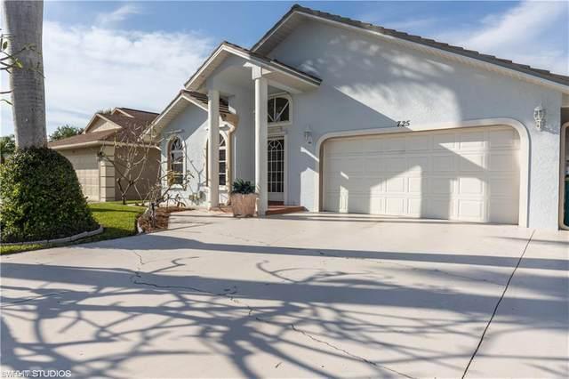 725 97th Ave N, Naples, FL 34108 (MLS #220014969) :: Clausen Properties, Inc.