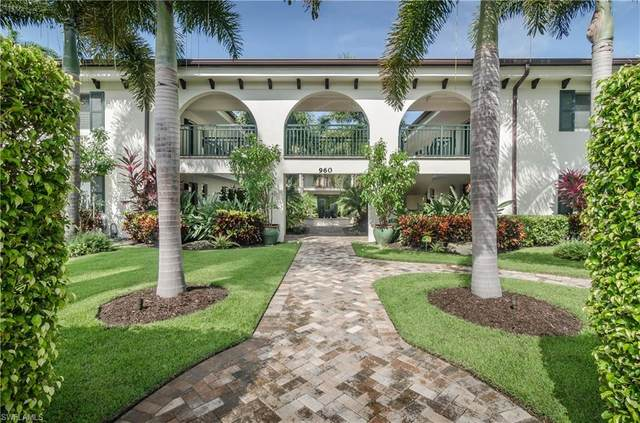 960 7th St S #103, Naples, FL 34102 (MLS #220015050) :: The Naples Beach And Homes Team/MVP Realty