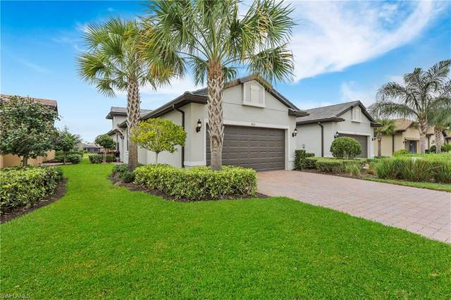 7615 Jacaranda Ln, Naples, FL 34114 (MLS #220015102) :: Clausen Properties, Inc.