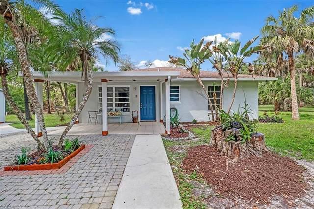 595 5th St NW, Naples, FL 34120 (MLS #220015814) :: Clausen Properties, Inc.