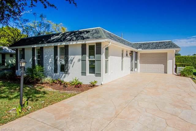 250 Lanchester Ct #35, Naples, FL 34112 (MLS #220016219) :: Clausen Properties, Inc.