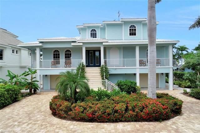 1415 Pelican Ave, Naples, FL 34102 (#220016433) :: The Dellatorè Real Estate Group