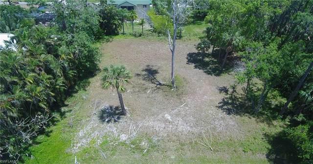 1334 West Ln, Naples, FL 34110 (MLS #220018922) :: Clausen Properties, Inc.